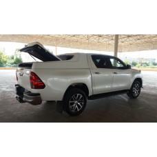 Toyota Hilux 2016- kastikate eXtensa FullBox